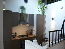 kitchen of edinburgh self catering accommodation